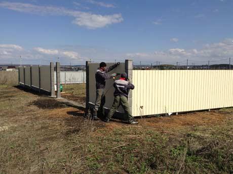 Установка модульного забора в поселке Подсолнухи